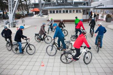 Die Nutzung des Velos als tägliches Verkehrsmittel ist  auch entscheidend für die spätere Verkehrsmittelwahl. | Quelle/Source: www.pd-f.de / Kay Tkatzik