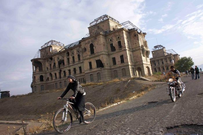 131125_afghan_cycles