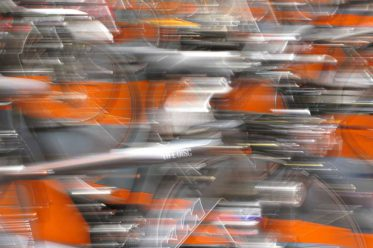Tempo Tempo... aber schneller als mit dem Velo kommen wir heutzutage - eigentlich - auch nicht voran. (Das Bild entstand an der Eurobike 2009). | © 2009 Dominik Thali