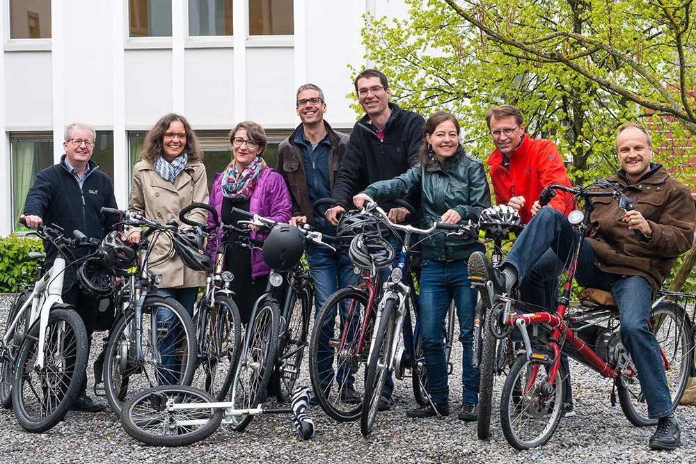 m Mai und Juni vor allem mit dem Velo unterwegs: die Bike-to-Work-Teams der Fachbereiche und Verwaltung der Landeskirche. | @ 2016 lukath.ch