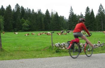Velofahren ist stimmungsfördernd: Das Bild entstand 2009 auf einer Tour im Jura.
