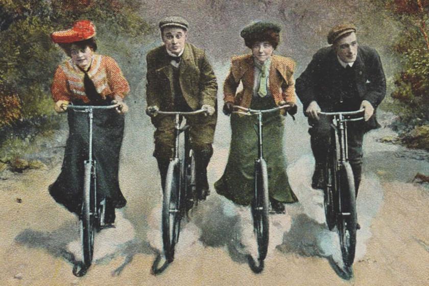 Passt perfekt: Diese englische Postkartenillustration aus der Zeit um 1910 (Sammlung Kielwein) ziert den Titel von «Nun wachsen uns Flügel».